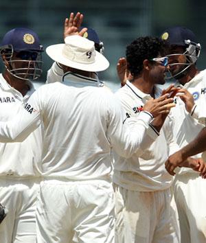 india_team_300